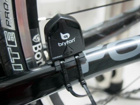 自転車用 自転車用gps : 自転車用GPS bryton Rider100の ...